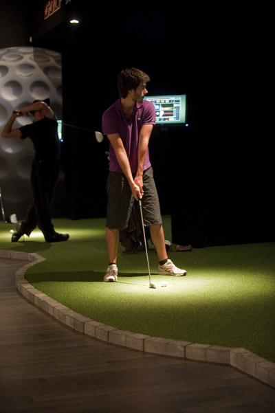 Golf in boisbriand laurentides qu bec golf int rieur for Golf interieur quebec